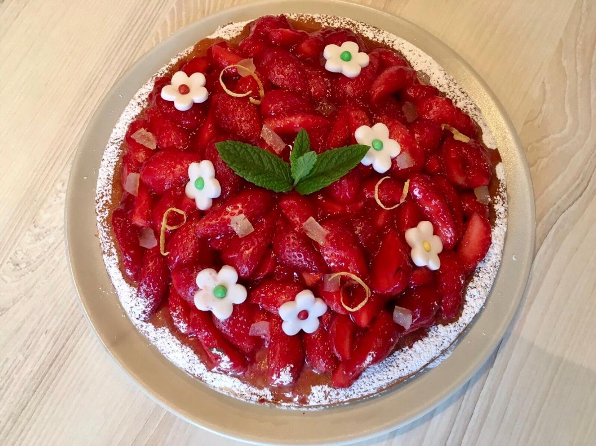 (Cookbook) Tarte aux fraises au pain de Gènes façon Michalak